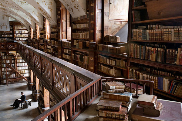 Göttweig Abbey library, Austria. Photo by Jorge Royan, CC BY-SA 3.0